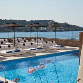 Skiathos Luxury Living (4*) – Skiathos