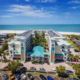Sunset Vistas Beachfront Suites (3.5*) – Florida