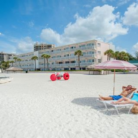 Sandcastle Resort at Lido Beach (3*) – Florida